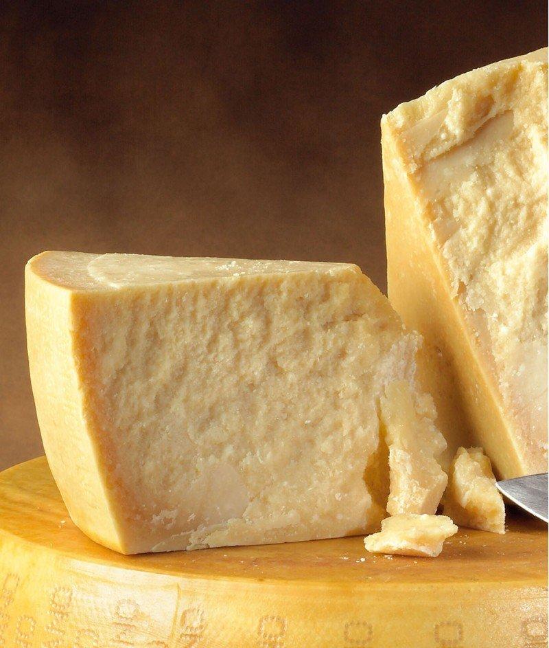 Parmigiano Reggiano DOP - Пармезан 24 месеца - 100 g